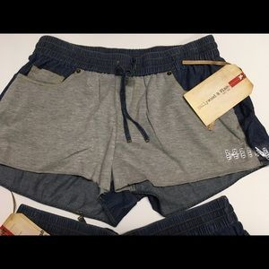 Ladies Hollywood and vine eat.86 shorts